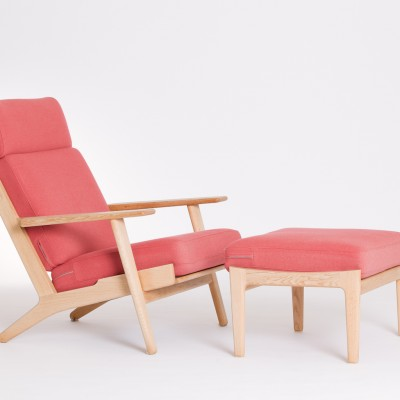 LJ07 Hans Wegner Plank Chair and Footstool